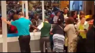 Black Friday frenzy at Checkers in Port Elizabeth