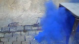 "blue smoke device nr. 3 (""phthalo blue"")"