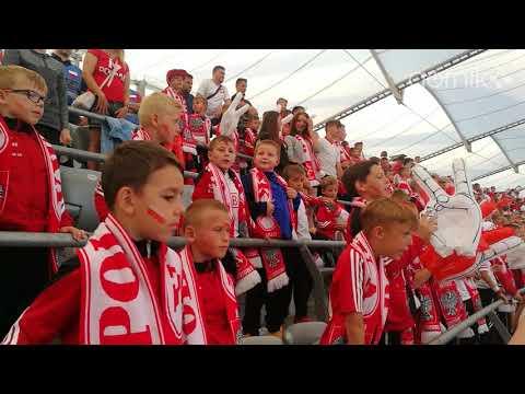 Dzieciaki z Akademii dopingują reprezentację Polski