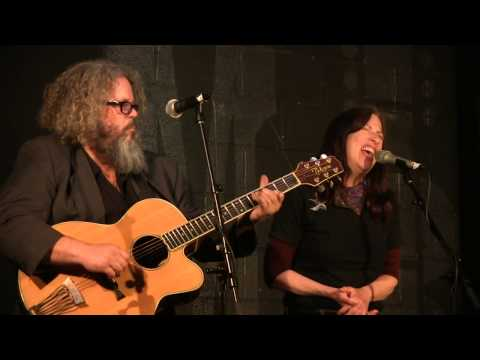 Syd Straw & Mark Boone Junior - Your Chance - Live at McCabe's fragman