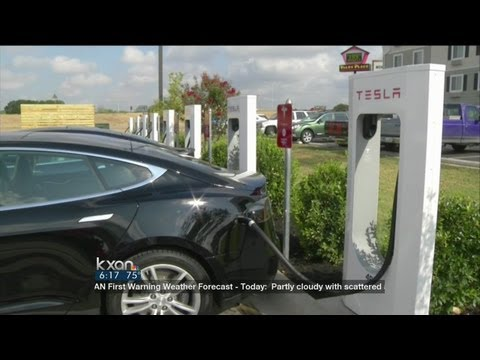 Tesla Opens Supercharger Station