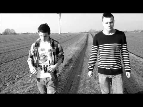 Nik & Jay - Bølgerne ved Vesterhavet (Musikvideo)