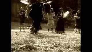 Robbie Robertson & Ulali Mahk Jchi Heartbeat Drum Song
