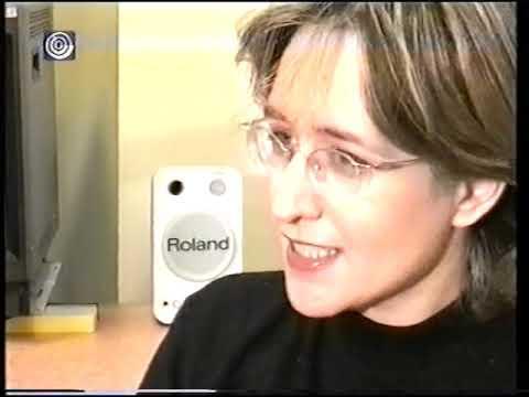 """עמליה דואק הצעירה מראיינת את מגישי """"ערב חדש"""" המיתולוגים"""