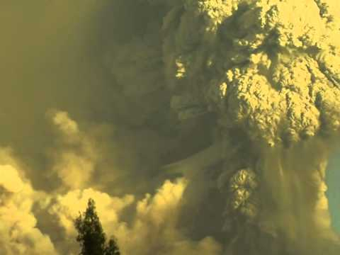 Chile volcano ash cloud shifts direction