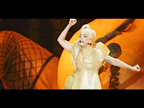 (Live DVD HD) Born This Way - Lady Gaga