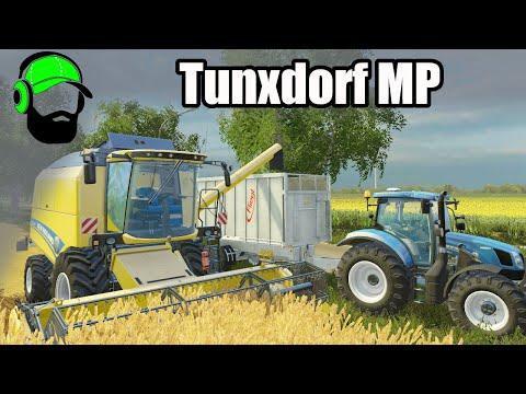 Farming Simulator 15 Multiplayer- Tunxdorf - Harvesting corn and feeding livestock