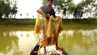 Net Fishing Traditional Cast Net Fishing in River Fishing with a cast net (Part-93)