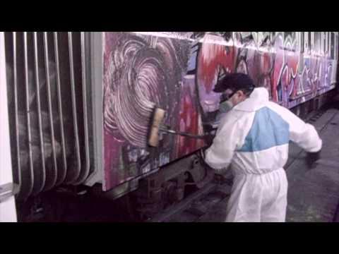 Graffiti removal - Barcelona Metro