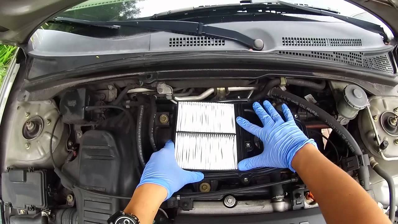 medium resolution of changing the engine air filter on my 2005 honda civic