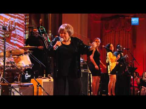 Mavis Staples Performs