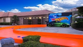 I Built A Real Life-Size Hot Wheels Track!