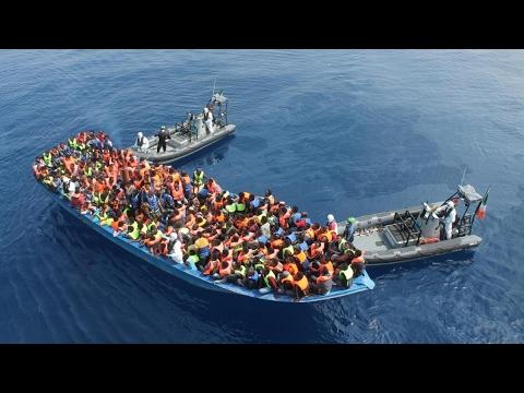 أخبار عالمية - مسؤول إيطالي: هناك صلة بين مهربي #المهاجرين وبعض المنظمات  - 17:22-2017 / 4 / 23