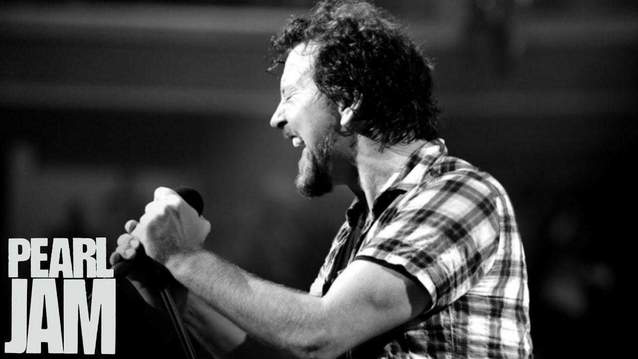 Pearl Jam Detail Short Summer Stadium Tour