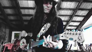 NEW ORLEANS HEAVY SWAMP BLUES ON FRETLESS 6-STRING