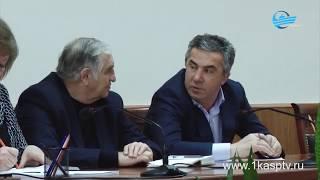 Как в Каспийске справляются с уборкой снега?