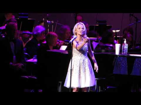 """Popular"" - Kristin Chenoweth @ Tilles Center 10.10.15"