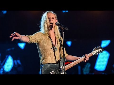Jamie Lovatt Performs 'Everybody's Free' | The Voice UK - BBC