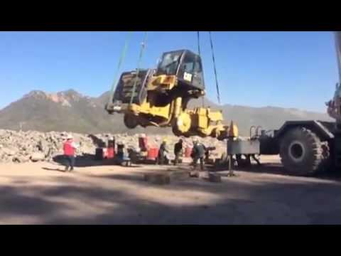 Very Unsafe Lift - Crane Failure