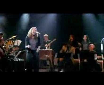 The Funk Brothers & Joan Osborne - Love Is Like A Heat Wave