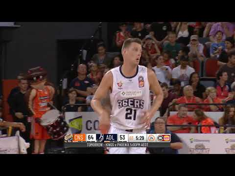 Daniel Johnson with 38 Points vs. Cairns Taipans