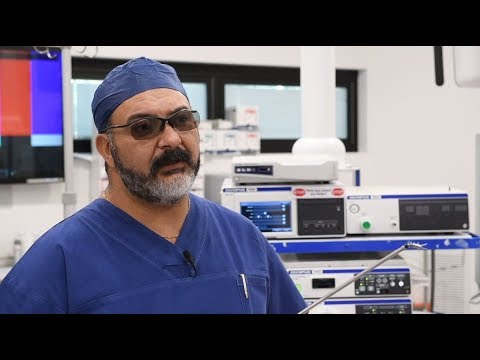 Professor Peter Cosman talks about FlexDex paired with Olympus 3D surgical  imaging