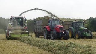 Claas Jaguar 870 tackles the THICK stuff! With John Deeres & Massey Lifting Grass - Silage 2018