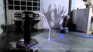 18V Mini tesla coil music