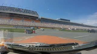 1971 Jeep Wagoneer Does a Lap at Charlotte Motor Speedway (4/10/16)