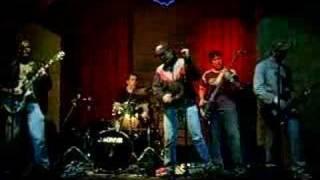 Rodrigo Gimenez & banda 8E80 - NO LE DIJO - Show Barbazul