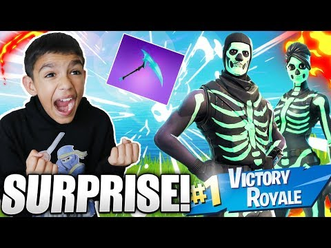 I Surprised My Little Brother With The New Fortnite Skull Trooper And Skull Ranger Skins!