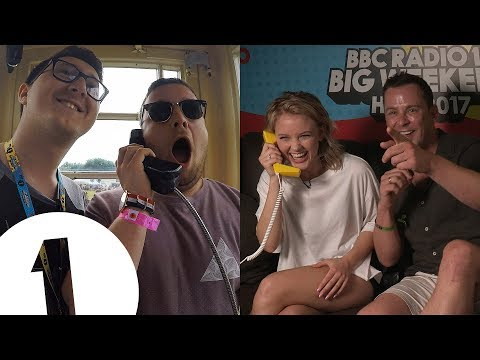 Thumbnail: Zara Larsson's surprise phonebox call
