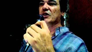 Paco Figueroa - La Cabaña en Café del Oeste