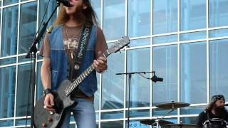 blackberry smoke perform restless at cma festival nashville 6 9 11