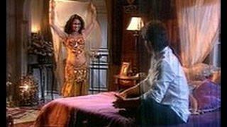 Танцы Жади в жёлтом и коричневом с саблями (сериал