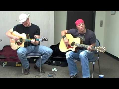 QDR Acoustic Cafe: Trent Tomlinson