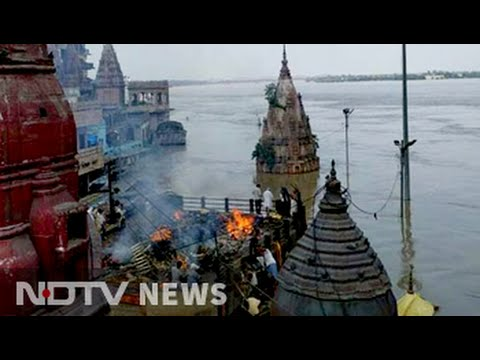 In Varanasi, Ganga flowing nearly upto roof of two-storey building