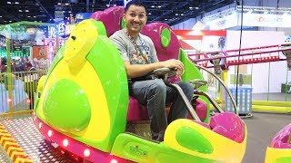 Exploring the 2017 IAAPA Attractions Expo in Orlando!!