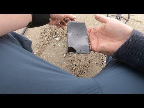 2 Iphones Trouvés ! Test Sur Sable Mouillé  De L'XP Deus Avec Le Disque 34x28 X35 En Goldfield