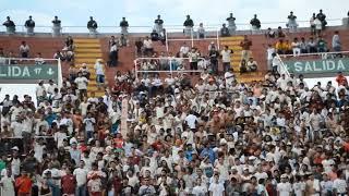 Barras de Melgar, Universitario y público del partido FBC Melgar 0 - 1 Universitario - 20/04/2014