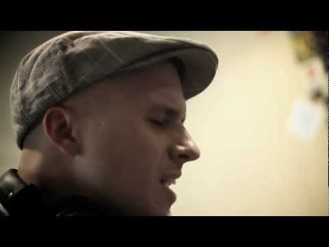 Milow - Little in the Middle (Official Unplugged)