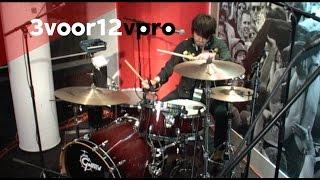 Wolf Alice - Your Love's Whore Live bij 3voor12 Radio
