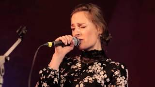 Antonia von Romatowski & Band live