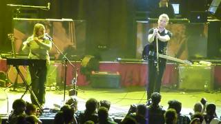 Belle & Sebastian - Step Into My Office, Baby (Buenos Aires, Argentina)