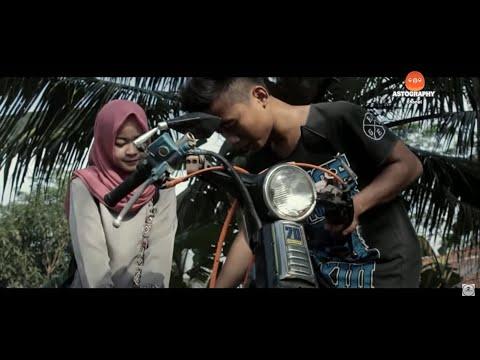 Cewe Ngapak Muka Knalpot - Film ngapak Cilacap