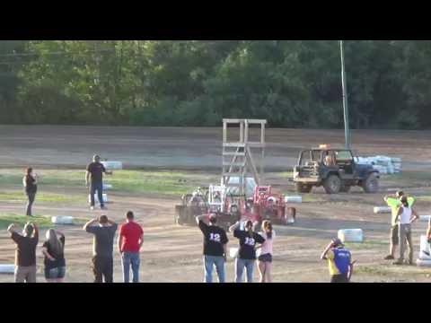 Mini Wedge Heat Race #1 at Mount Pleasant Speedway 08-19-16.