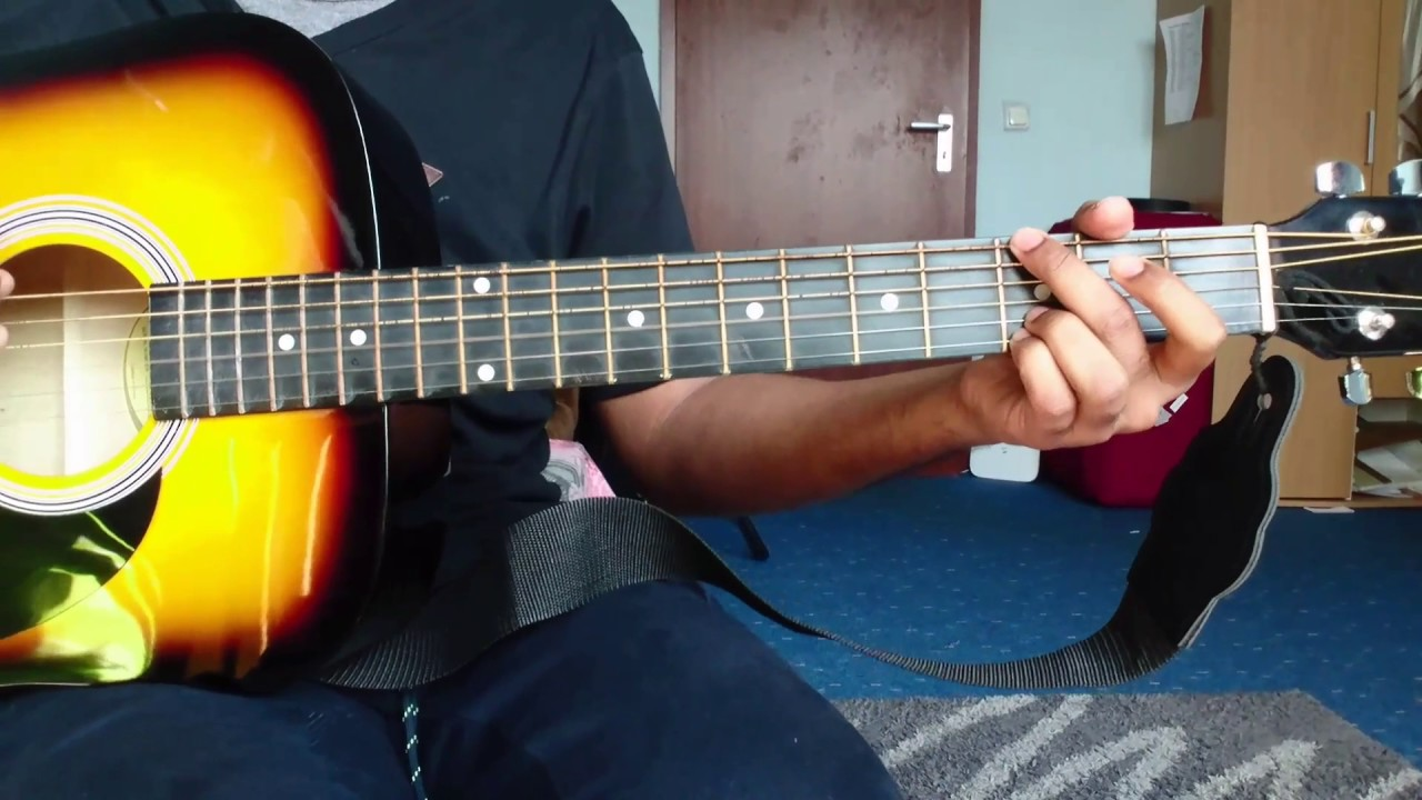 how to play 10000 reasons on guitar
