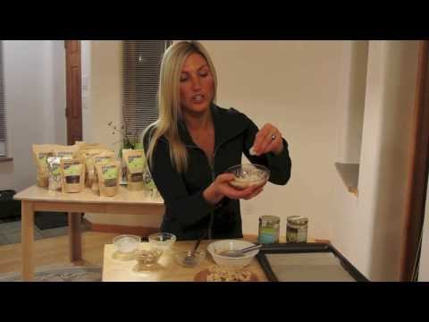Raw Vegan Cashew Coconut Clusters