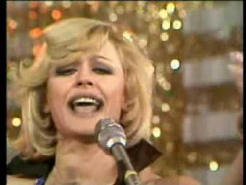 Raffaella Carra' - Esta Noche Fiesta