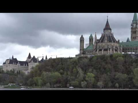 Experience the Amphibus Tour in Ottawa